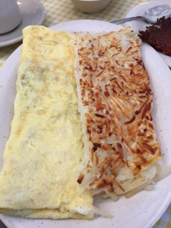 Kountry Kitchen: Omelette and underdone hash browns