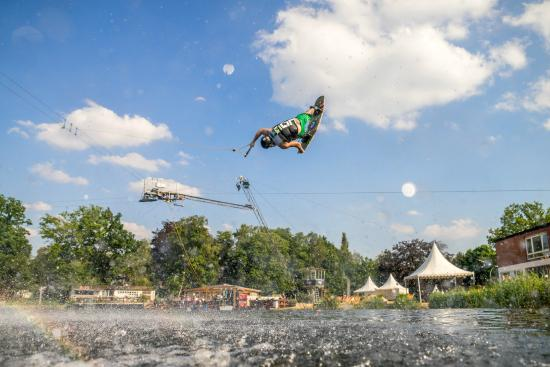 Cablesport Arena Pinneberg: Action on the water