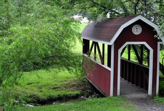 Hershey RV & Camping Resort: Bridge