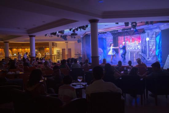 Aparthotel Paradise Club & Spa : Theatre Paradise Club & Spa
