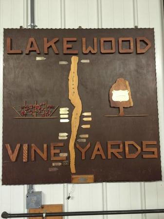 Lakewood Vineyards: Great Climate for Whites