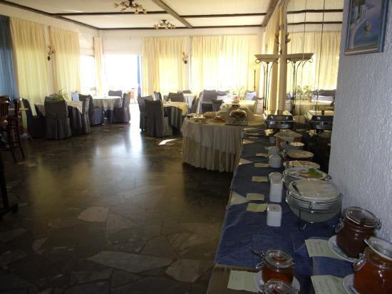 Hotel Lassion Golden Bay: buffet matin