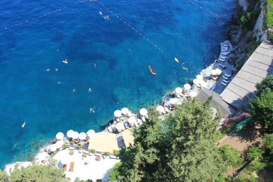 Santa Caterina Hotel: pool down below