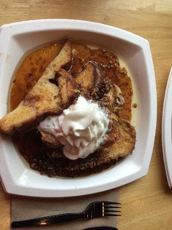Pine Tree Farm Market and Cafe: maple walnut toast