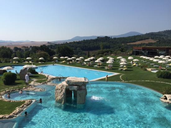 Hot springs pool picture of adler spa resort thermae bagno vignoni tripadvisor - Adler bagno vignoni day spa ...