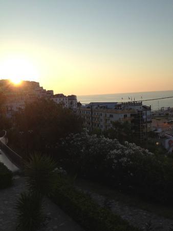 Albergo Villa Vittoria : Tramonto a cena