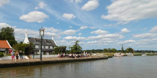 Reedham Ferry Inn from the Chain Ferry