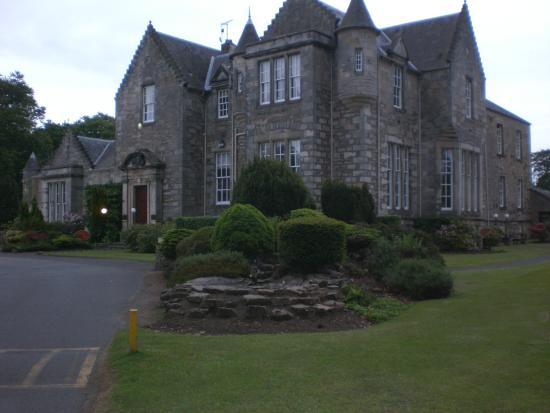 Kilconquhar Castle Estate and Country Club : Main building was beautiful