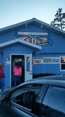 Argonne, WI: Mainstreet Ed's