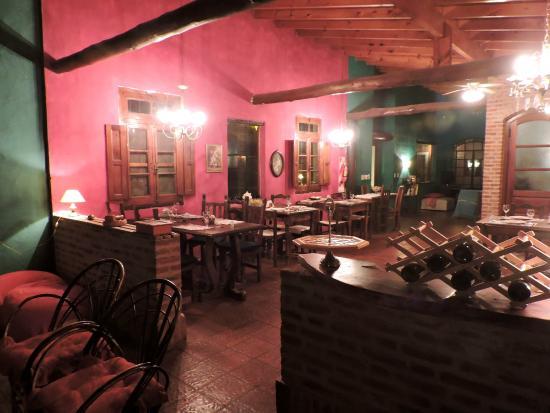 Sala de estar y comedor muy linda decoraci n picture of for Sala de estar y comedor decoracion