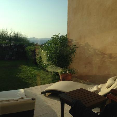 L'ea Bianca Luxury Resort: Private Garden in Junior Suite