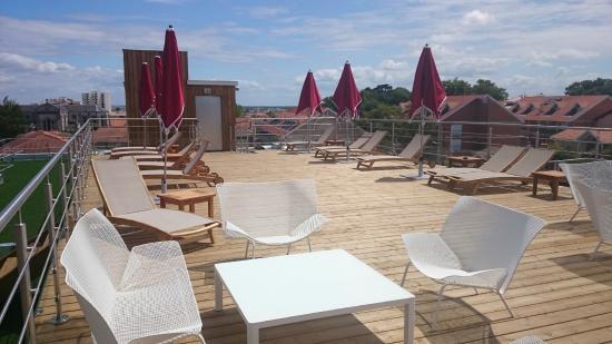 terrasse photo de grand atlantic hotel arcachon. Black Bedroom Furniture Sets. Home Design Ideas