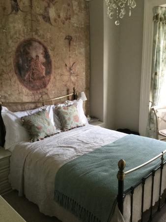 Hazel Manor: Room 2