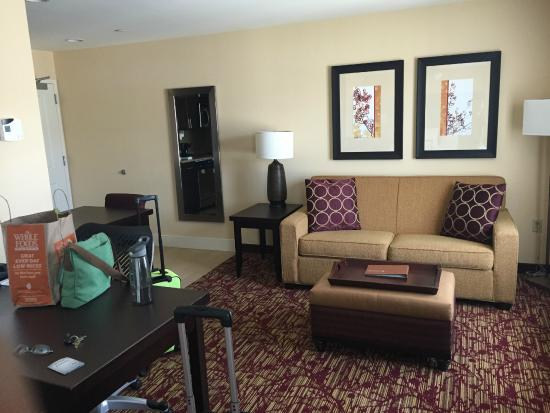Homewood Suites by Hilton Carle Place - Garden City: View from standing in front of bed (TV on my right, where I'm standing)