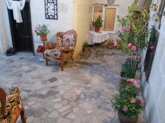 Silkroad Guest House: iki kişilik standart oda kahvaltı 35euro