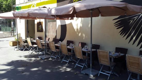 Photo of Diner L'Ile O'Crepes at 2 Avenue Mar De Lattre De Tassigny, Boulogne-Billancourt 92100, France