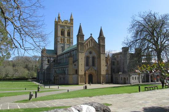 Abbey Inn: Buckfast Abbey