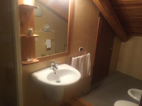Chalet Faure & SPA: Bathroom