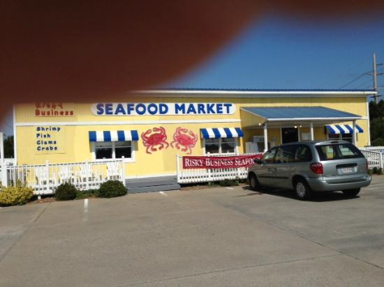Risky Business Seafood : This is their location in Avon, North Carolina