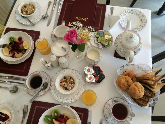 Petra House Bed and Breakfast Beautiful table setting Best Bu0026B breakfast beginnings & Beautiful table setting Best Bu0026B breakfast beginnings - Picture of ...