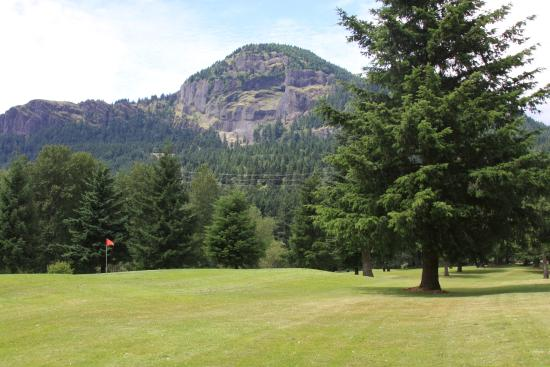 Beacon Rock Golf Course: Mt Hamilton