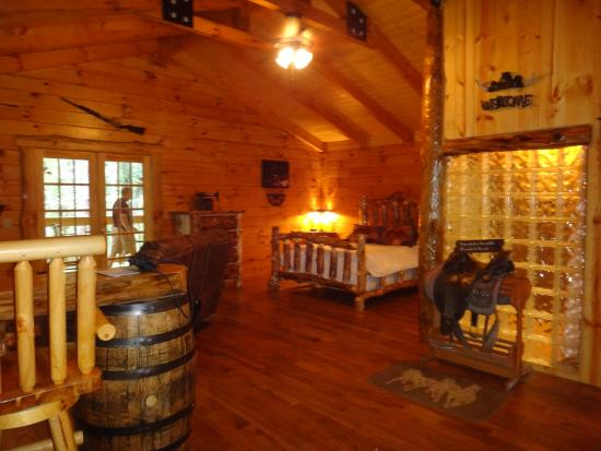 Whiskey 30 picture of getaway cabins south Getawaycabins com