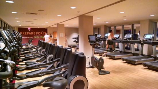 Sheraton Boston Hotel Cardio Gym