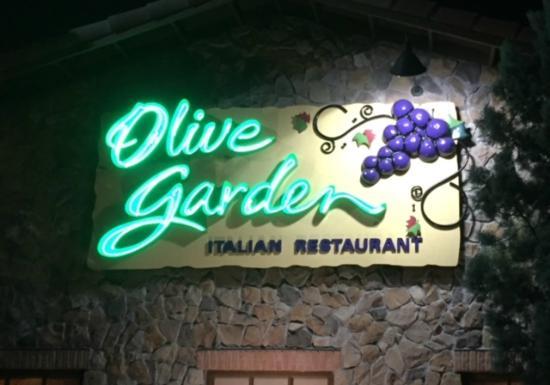computer - Picture of Olive Garden, Cape Coral - TripAdvisor