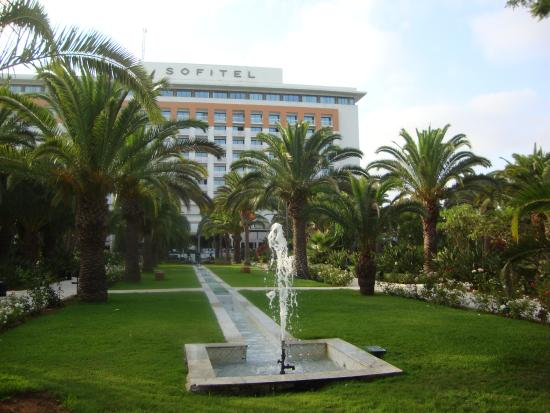 Comfy bed picture of sofitel rabat jardin des roses for Jardin oudaya rabat