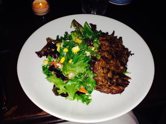 French Roast - Sixth Ave. : Medium rare grilled steak salad ... Yum!!!!!