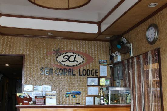 Sea Coral Lodge: Reception Area/Lobby