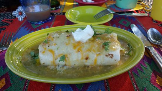 Casa Cuma Bed & Breakfast: Breakfast Burrito