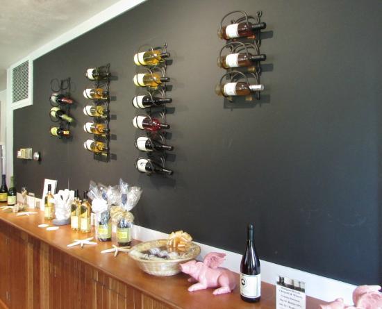 Westport Rivers Vineyard & Winery: good variety of wines