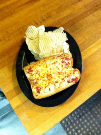 Capone's Pizza: Chicken Parm