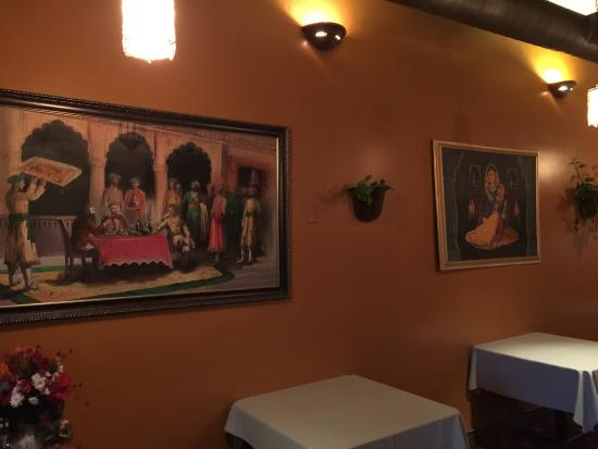 Taj Cafe Indian Cuisine: photo2.jpg