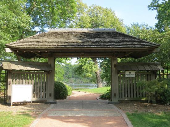 Osaka Garden 4 - Picture of Jackson Park\'s Japanese Garden, Chicago ...