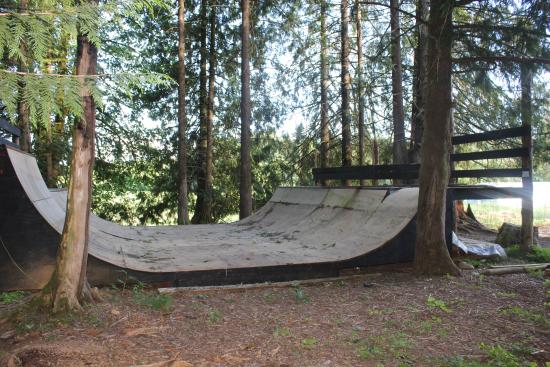 Arrowvale: Our half pipe for skaters