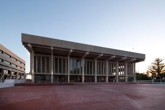 柏斯音乐厅