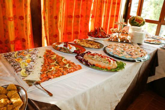 Borgo di Celle: Parte del nostro buffet antipasti