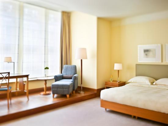 Park Hyatt Hamburg: Guest Room