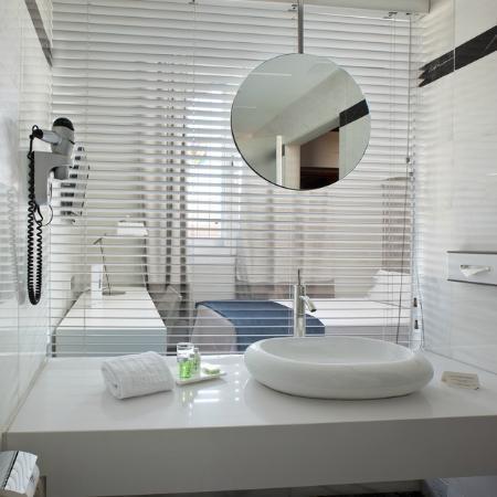 NH Alonso Martinez: Bathroom