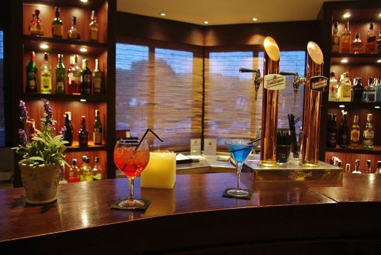 La Costa Golf & Beach Resort: Bar Havana
