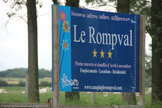Flower Camping Le Rompval: entrée