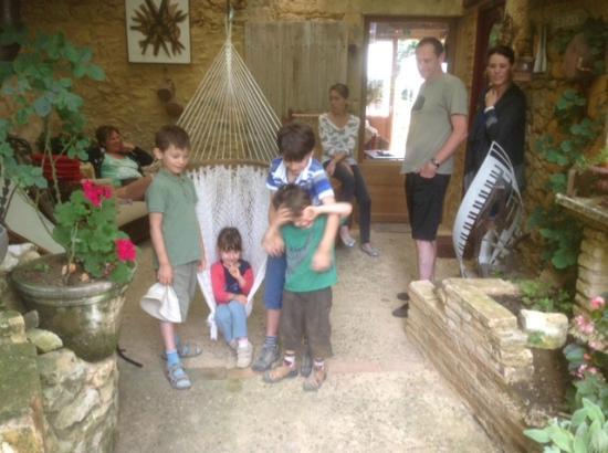Saint-Pompont, ฝรั่งเศส: Het binnenhofje