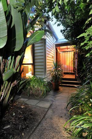 Gembrook Cottages: Harem entry