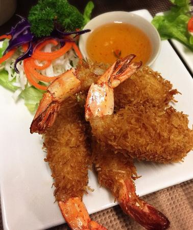 Thai Cuisine: Coconut Prawn!!