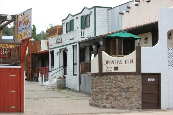Drover's Inn: The Hacienda Room from the back road