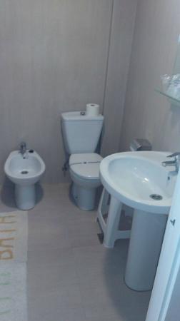 Hotel Oasis Plaza: Baño