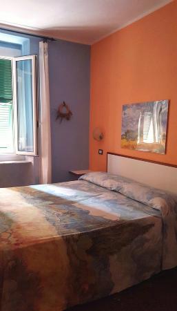 Camera a tema - Picture of Soggiorno Marina, Varazze ...