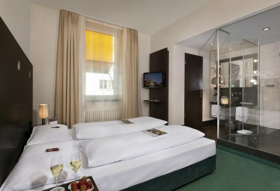 Fleming's Hotel Zürich : Comfort Double Room